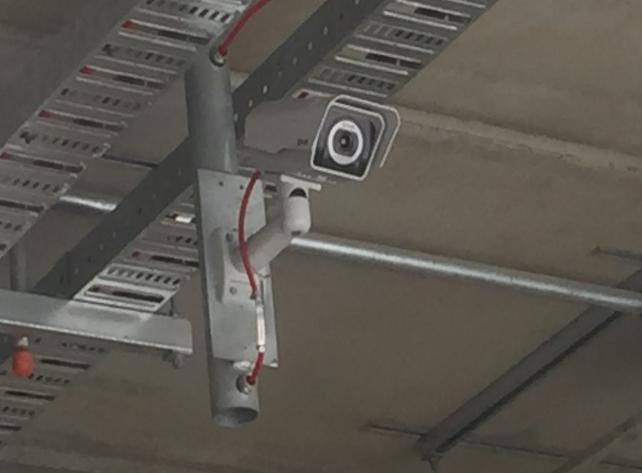 4 Camera