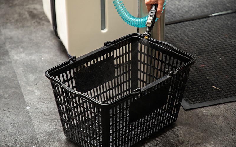 Sanitizit-shopping-cart-washer