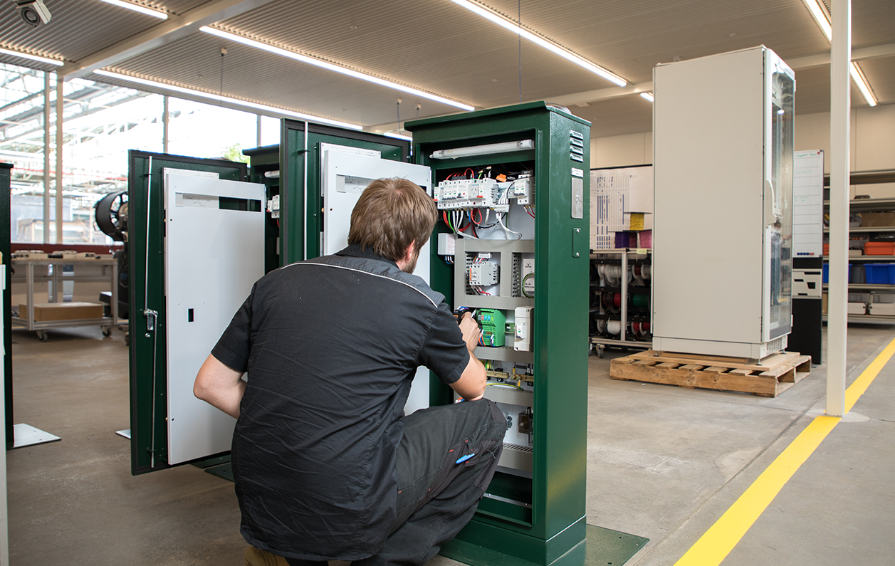 Manufacturing maintenance tips: 5 Factors that affect maintainability