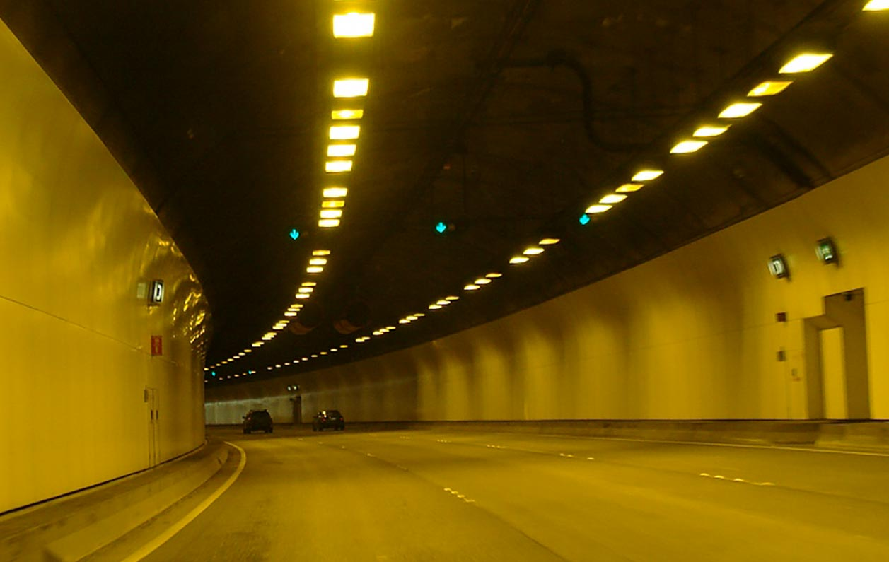 Smart tunnel control systems